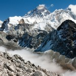 尼泊尔雪崩32死过百失踪 两名中国香港游客冻伤