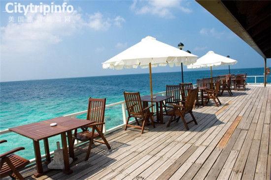 《1.5万元和你的爱人去享受马尔代夫蜜月之旅吧》