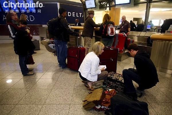 《感恩节期间美航空旅客将达2400万人次》