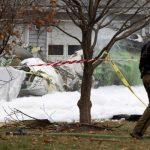 飞鸿100公务机首次空难 坠入民居致6人死亡