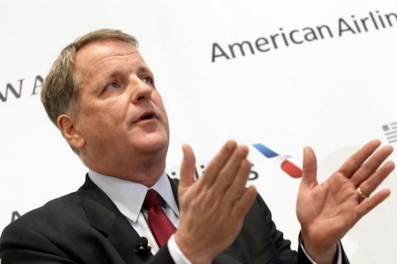 《美国航空CEO不愿与员工分红 称可以提高工资》