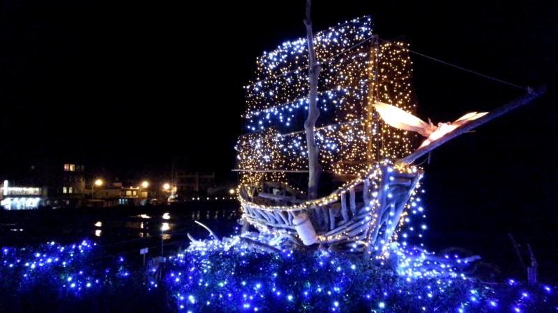 幸福北海岸!缤纷圣诞灯饰 打造冬日秘密花园