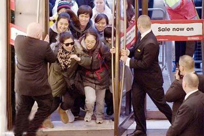《外媒吐槽:中国游客已成国际话题》