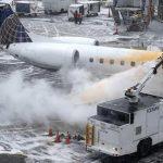 特大暴风雪袭美国 三天已有超6000航班取消