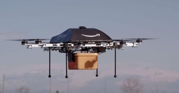 《FAA拟定商业无人机法规 亚马逊快递服务暂无望》