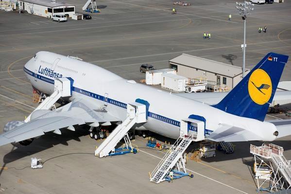 """《汉莎747-8I复古涂装与""""古装""""为何不同?》"""