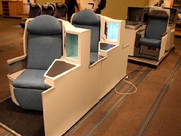 图集:波音787展馆内设计你自己的梦想客机