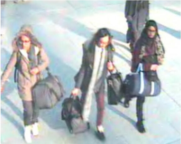 《英出台新法规 阻止公民搭乘航班加入极端组织》