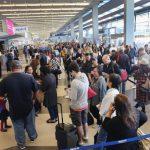 研究:手机服务最佳机场往往客流量不大