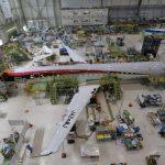 三菱公布MRJ试飞机队新进展 首飞推迟至10月