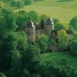 公主病有救了 两百刀就能当一晚梦幻城堡的睡美人