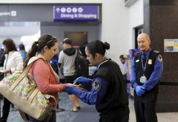 《美机场官员批TSA安检宽松 称为了速度罔顾安全》