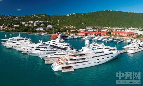 《世界最贵的十大游艇港》