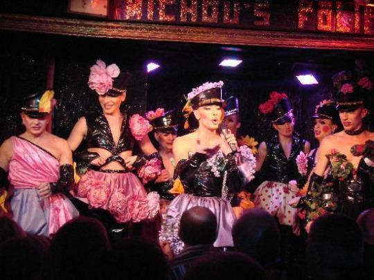 《盘点:全球最精彩绝伦的8大变装秀》