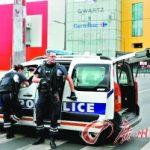 """持枪歹徒闯巴黎商场 """"黑豹""""出击救18人质"""
