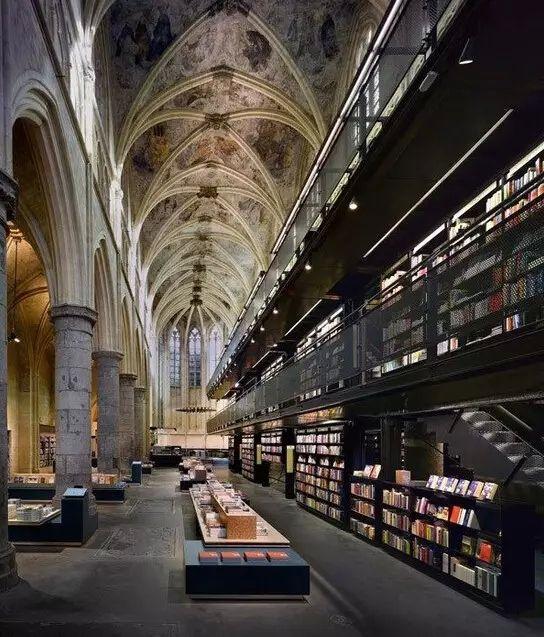 《带你逛遍世界最美的10家书店》