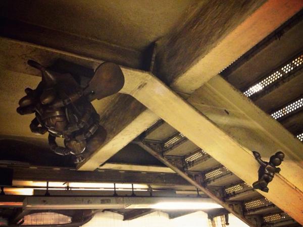 《纽约旅游体验百年地铁文化 小铜人的地铁人生LifeUnderground》