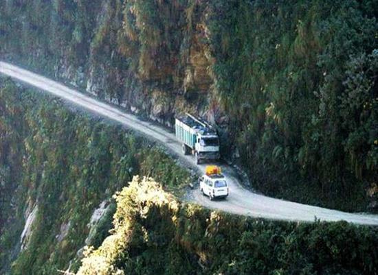 揭秘全球公认的第一夺命公路