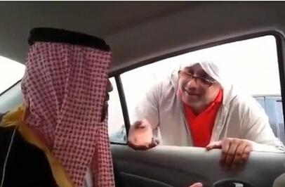 迪拜乞丐月入47万 有人专门买机票去乞讨