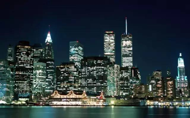 《9·11事件中的英雄 拯救2937人生命》