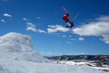 科罗拉多州的自由滑雪者。(Doug Pensinger/Getty Images)