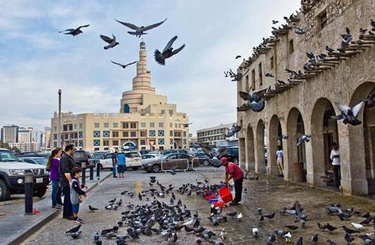 《伊朗古称波斯 中东地区人口最多的国家》