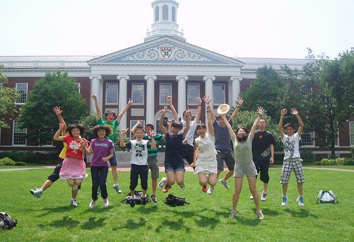 《想要到美国留学?先从夏令营开始!》