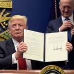 美国旅行禁令生效 未婚配偶获准入境