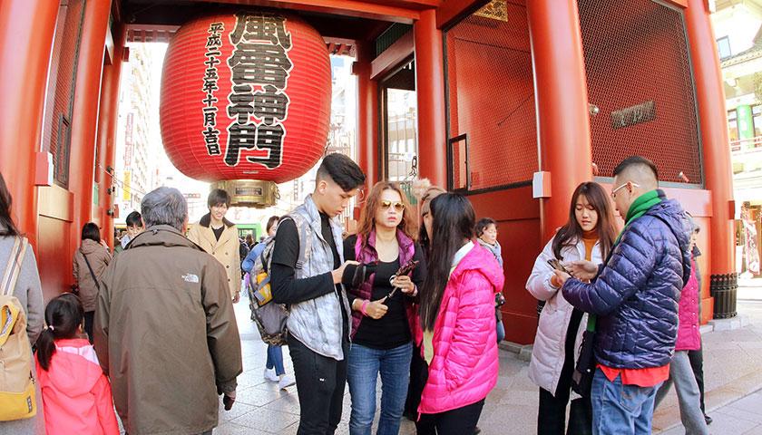 《万事达卡(Mastercard)数据揭示,中国旅游市场消费分析报告》