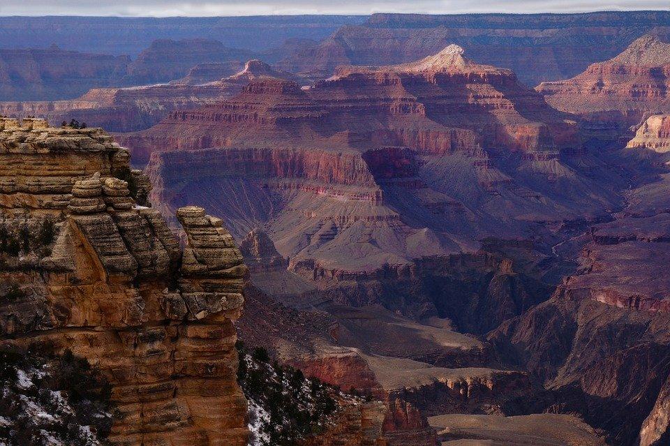 《南峡谷和西峡谷的区别?》
