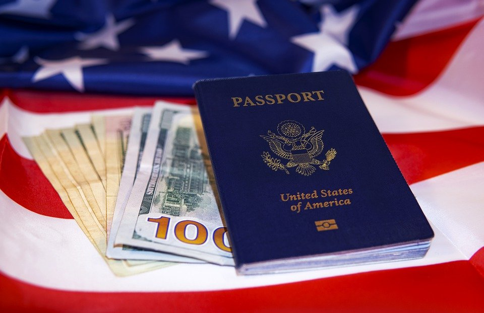 《办理美国签证需要准备哪些材料?2019年最新》